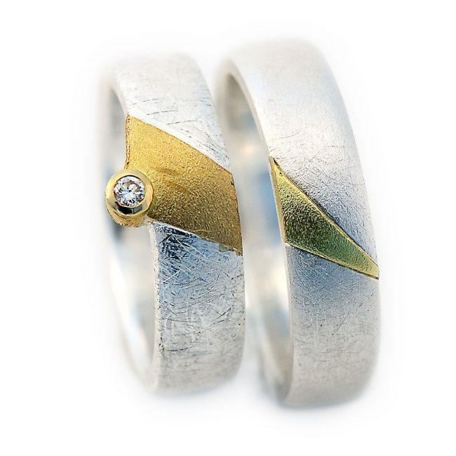 Damenring 925/-Silber, 750/-GG, Brill. 0,03ct. Herrenring: 925/-Silber, 750/-GG